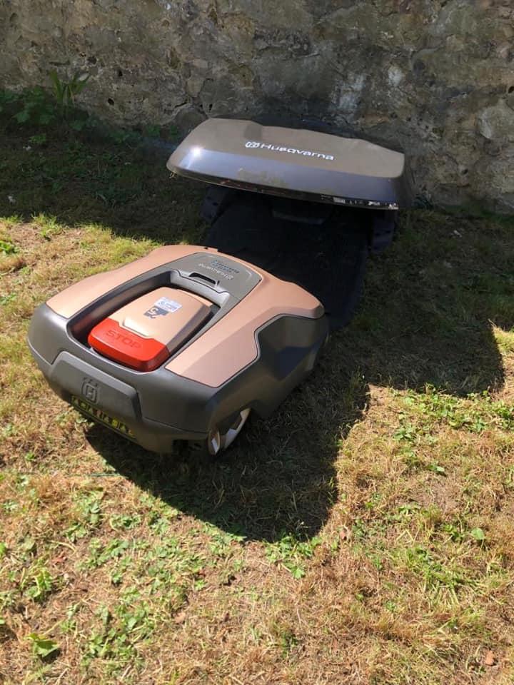 husqvarna-robot-mower-4
